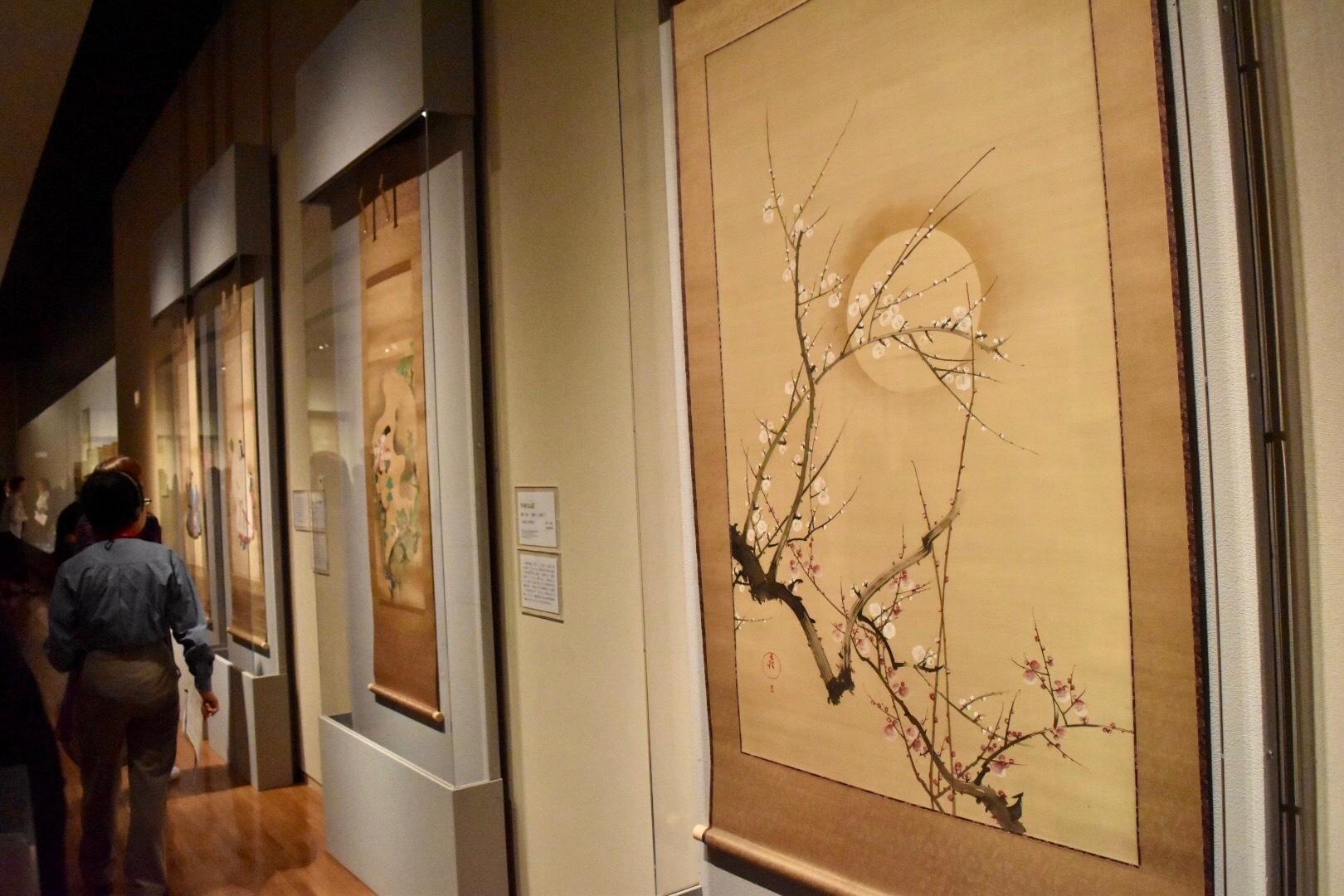 酒井抱一 《月梅図》 19世紀(江戸時代) 山種美術館蔵