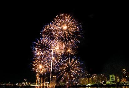 平成最後の夏、光と音が共演する『第30回なにわ淀川花火大会』をレポート
