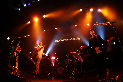 MONKEY MAJIK、秋のホールツアーを発表
