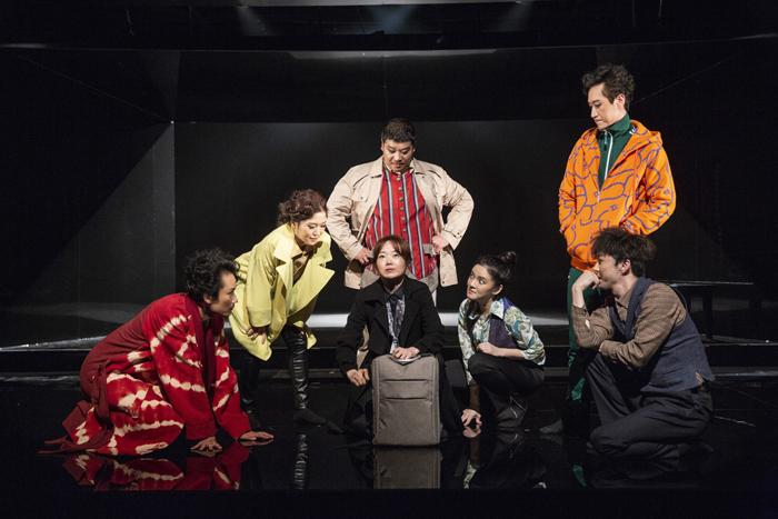 「知人たち」  (Photo by Nah Seung-yeol, provided by National Theater Company of Korea.)