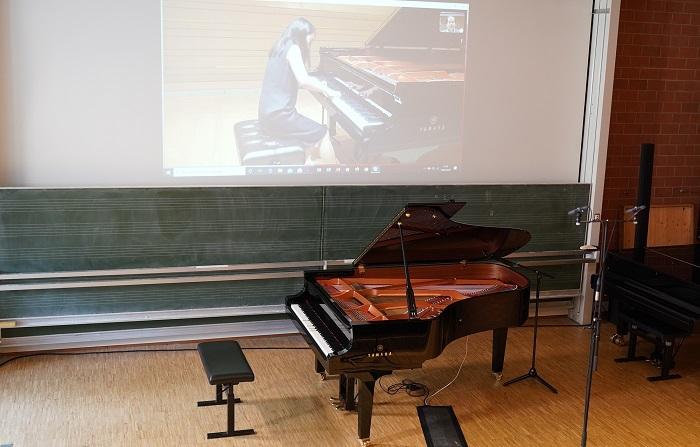 ドイツ・フライブルク音楽大学でのリモート入学試験の様子