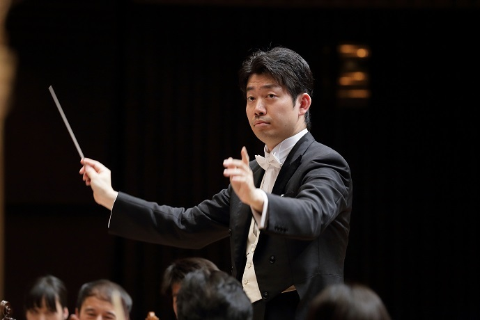 成長著しい大阪フィル指揮者 角田鋼亮 (C)飯島隆
