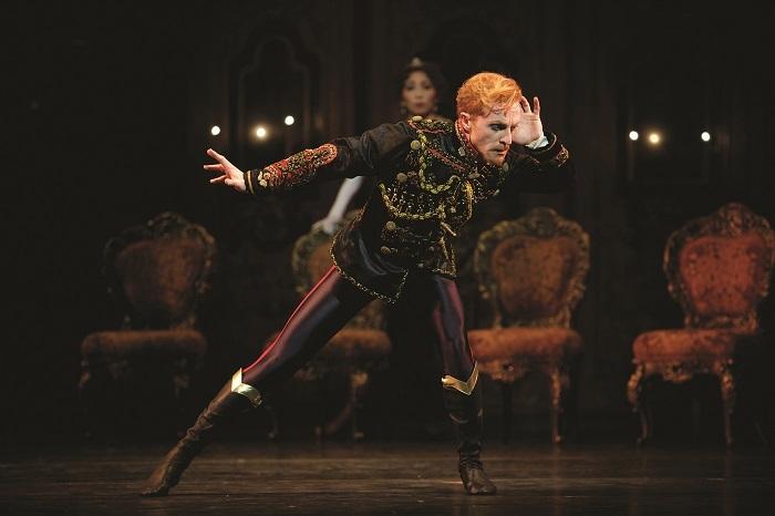 うたかたの恋 MAYERLING Steven McRae as Crown Prince Rudolf in Kenneth MacMillans production of Mayerling for The Royal Ballet