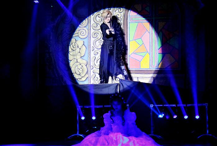 ラストショー「エリザベート」。小祐司が麗しくも妖しい黄泉の帝王トート閣下に