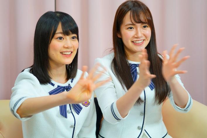 左から乃木坂46生田絵梨花、中元日芽香