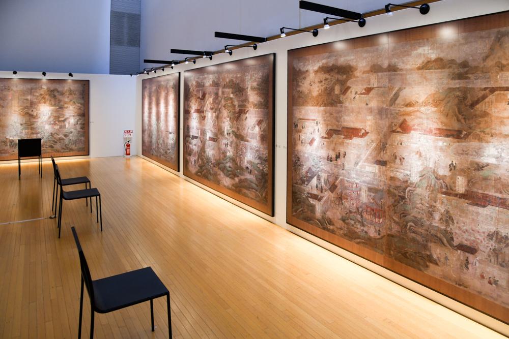 会場には国宝『聖徳太子絵伝』の原寸大パネルを設置