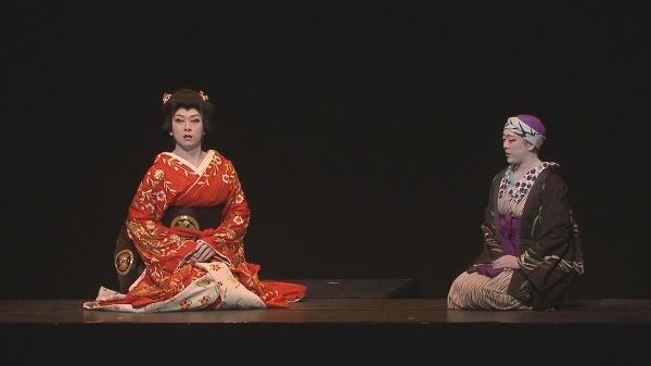 左・大川良太郎座長