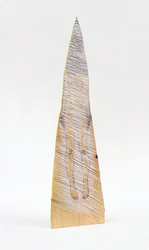 「sign」 檜、鉛筆、アクリル絵の具、 グリッター h38×w15×d5 ㎝ / 2017