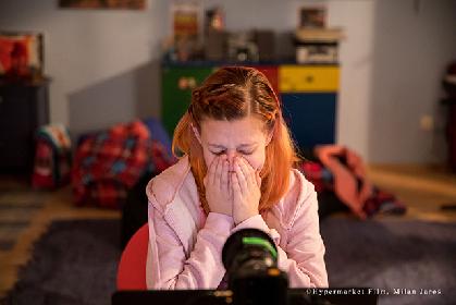 """""""12歳の少女""""に性的なまなざしを向ける男たちの正体 『SNS-少女たちの10日間-』 #野水映画""""俺たちスーパーウォッチメン""""第八十二回"""