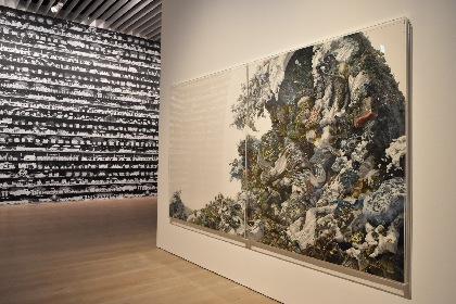 『カタストロフと美術のちから展』レポート オノ・ヨーコやアイ・ウェイウェイ、現代アーティスト約40組を紹介