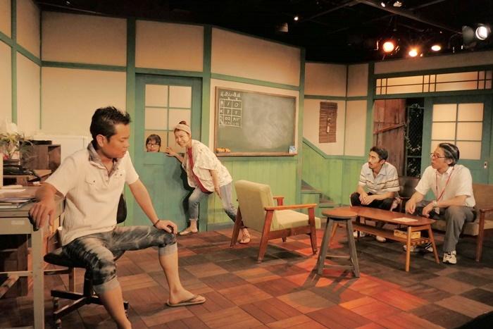 ばぶれるりぐる第一回公演『ほたえる人ら』(2018年) [撮影]horikawa takashi