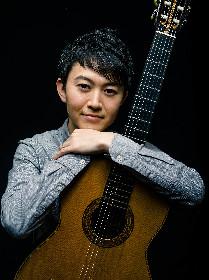 ギタリスト村治奏一がシンフォニーホールで大人の贅沢な時間を提供するコンサート