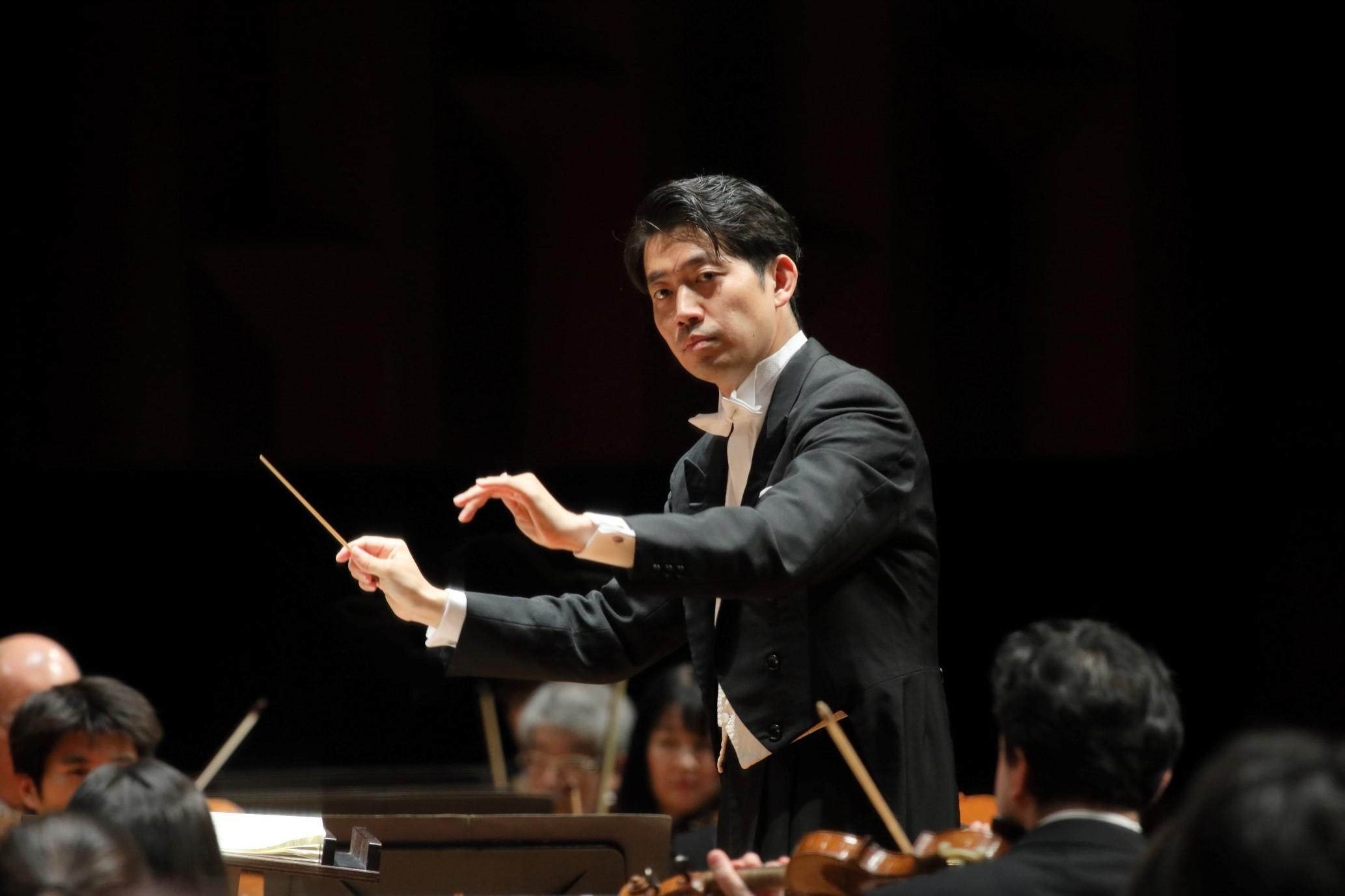 2021年3月で大阪フィル指揮者のポジションを離れる角田鋼亮     (C)飯島隆
