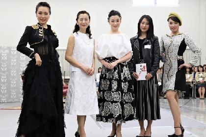 檀れい、高橋惠子ら出演の舞台衣裳を公開最終審査! ファッション界の女の対決を描く舞台『仮縫』5月上演