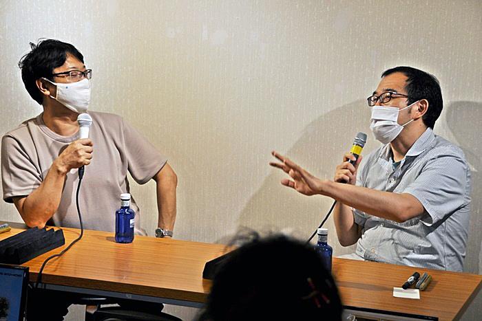 (左から)土田英生(MONO)、上田誠(ヨーロッパ企画)。