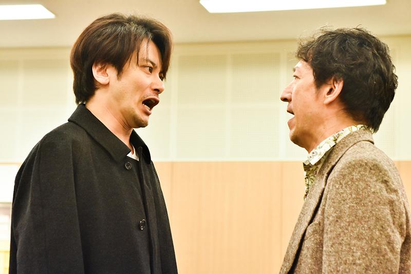 『End of the RAINBOW』稽古場より 小西遼生・鈴木壮麻(photo:原地達浩)
