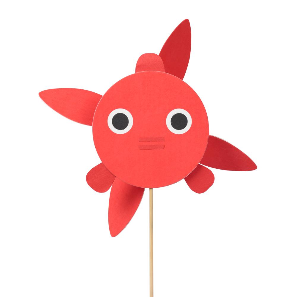 風ぐるま 金魚     販売価格:1,500円 和紙をベースにした息を吹きかけて遊ぶ玩具。付属の接着剤で簡単に組み立てられる。