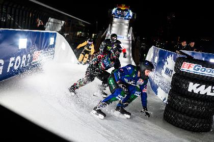 最高時速約80kmで氷上コースを滑走! 『Red Bull Ice Cross World Championship』が2/15に横浜で開催