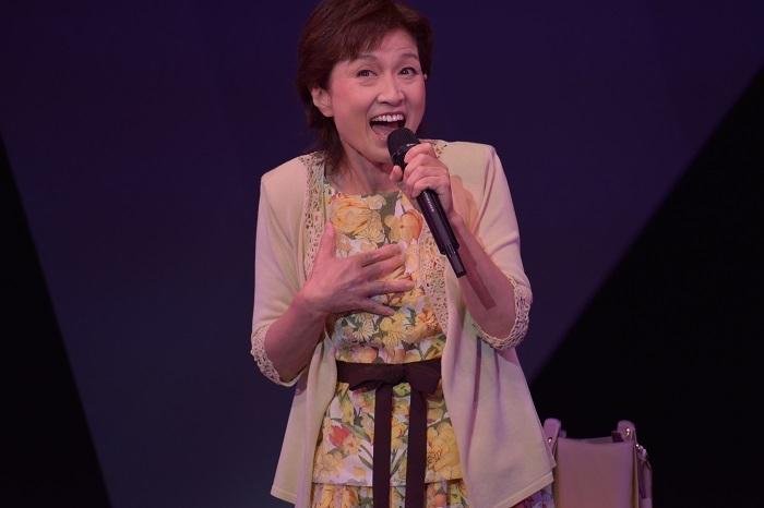 久野 綾希子