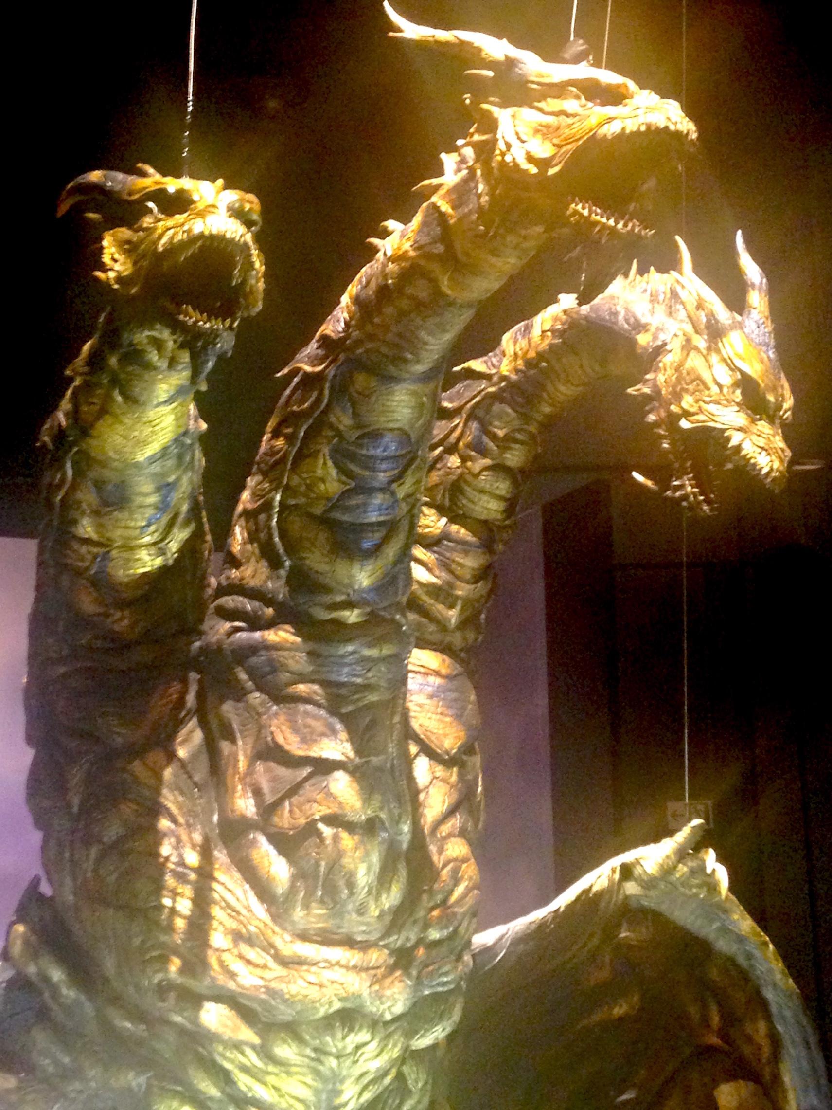 キングギドラやバラゴンなど他の怪獣たちの展示も (c)girls  Artalk