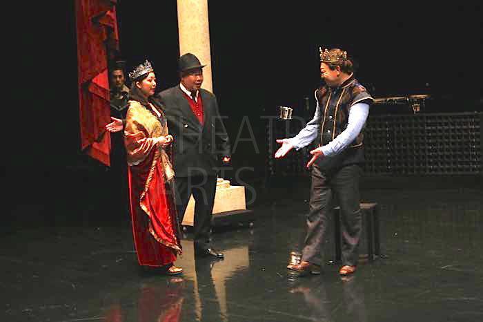 静岡県舞台芸術センター『メフィストと呼ばれた男』 写真撮影:猪熊康夫