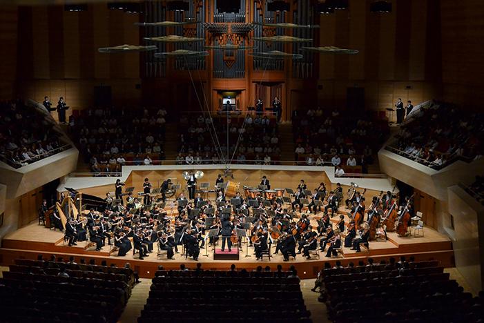 東京フィルハーモニー交響楽団 ©上野隆文