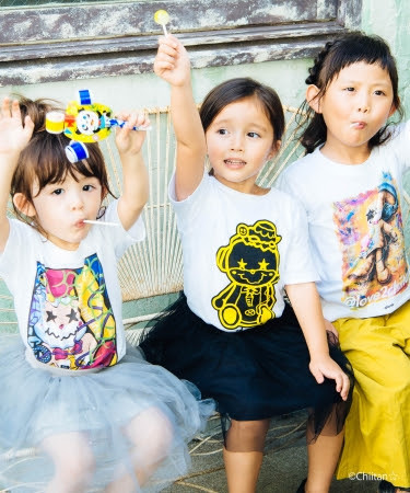 Mini smashing chiitan T、Mini grunge chiitan T 、Mini lying chiitan T   各3,500円+tax 2018年10月上旬発売 COLOR:White SIZE:100 / 120 / 130 / 140