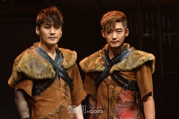 珍島犬ジン役の二人、キム・ジュンヒョンとイ・テソン