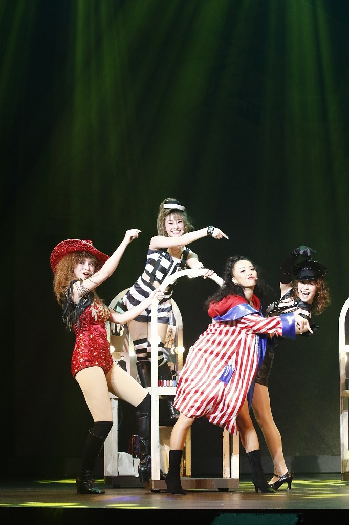 ミュージカル『フラッシュダンス』舞台写真
