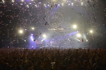 MONGOL800 初のカウントダウンライブをレポート、20周年イヤーの11月にはモンパチ主催野外フェスも開催決定