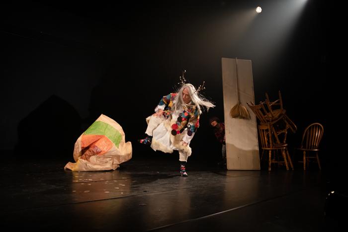 SDC公演より  (Photo by yixtape)