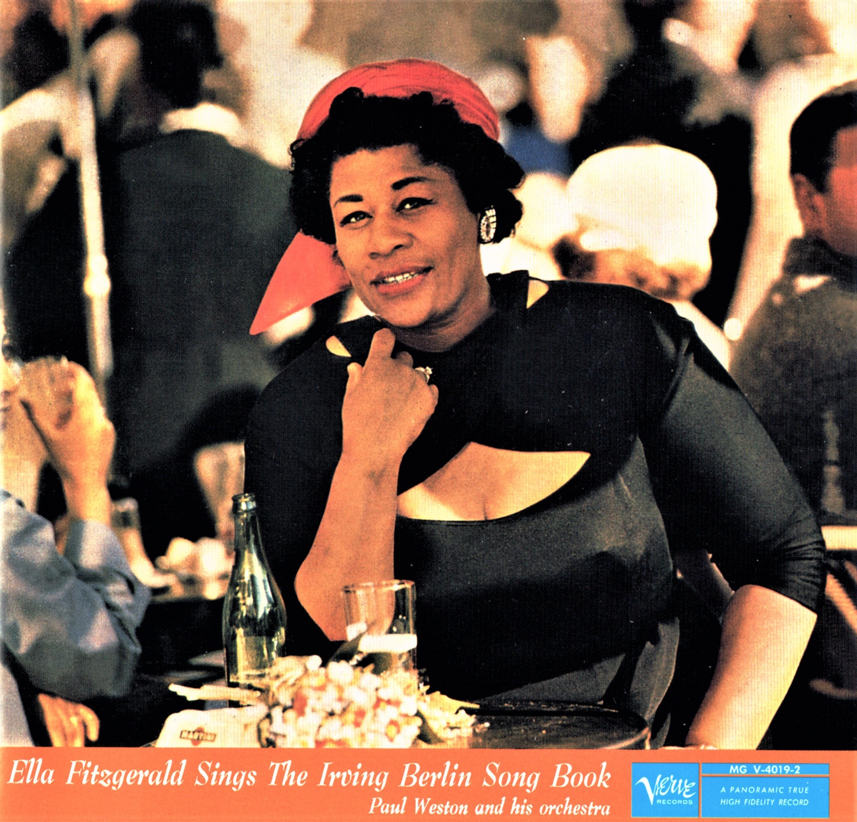 女性ジャズ歌手の最高峰エラ・フィツジェラルドが、1958年に吹き込んだ「アーヴィング・バーリン・ソングブック」(2枚組)。軽快にスウィングするナンバーからバラードまで名唱揃いだ(輸入盤CD)。