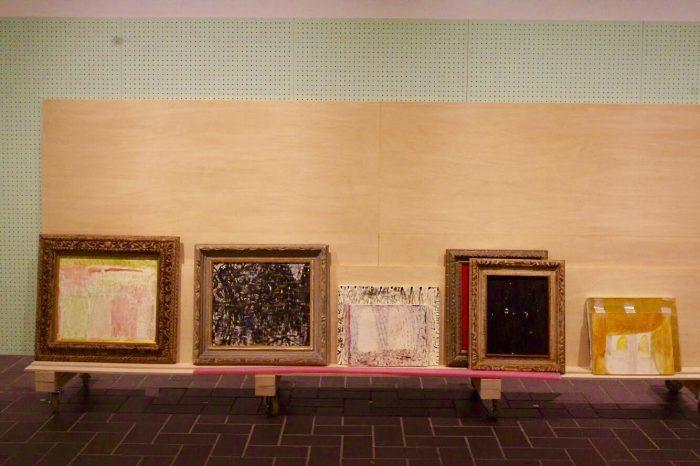 どこからが絵で壁なのか? 絵と展示空間について考えてみる。