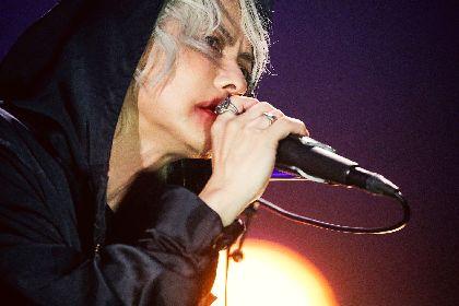 "HYDEが新たな形で""繋がる""ライブに手ごたえ 『HYDE LIVE 2020 Jekyll & Hyde』がZepp Hanedaからスタート"