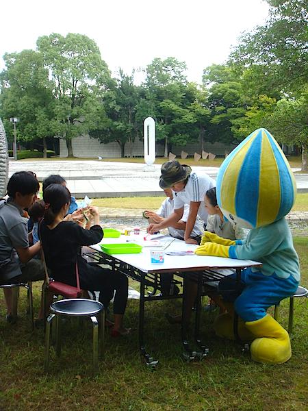 多くのファミリーや岐阜県のゆるキャラ「ミナモ」も参加