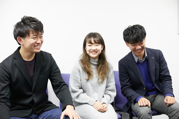 左から 泉優志(チェロ)、戸澤采紀(ヴァイオリン)、西川響貴(ピアノ)